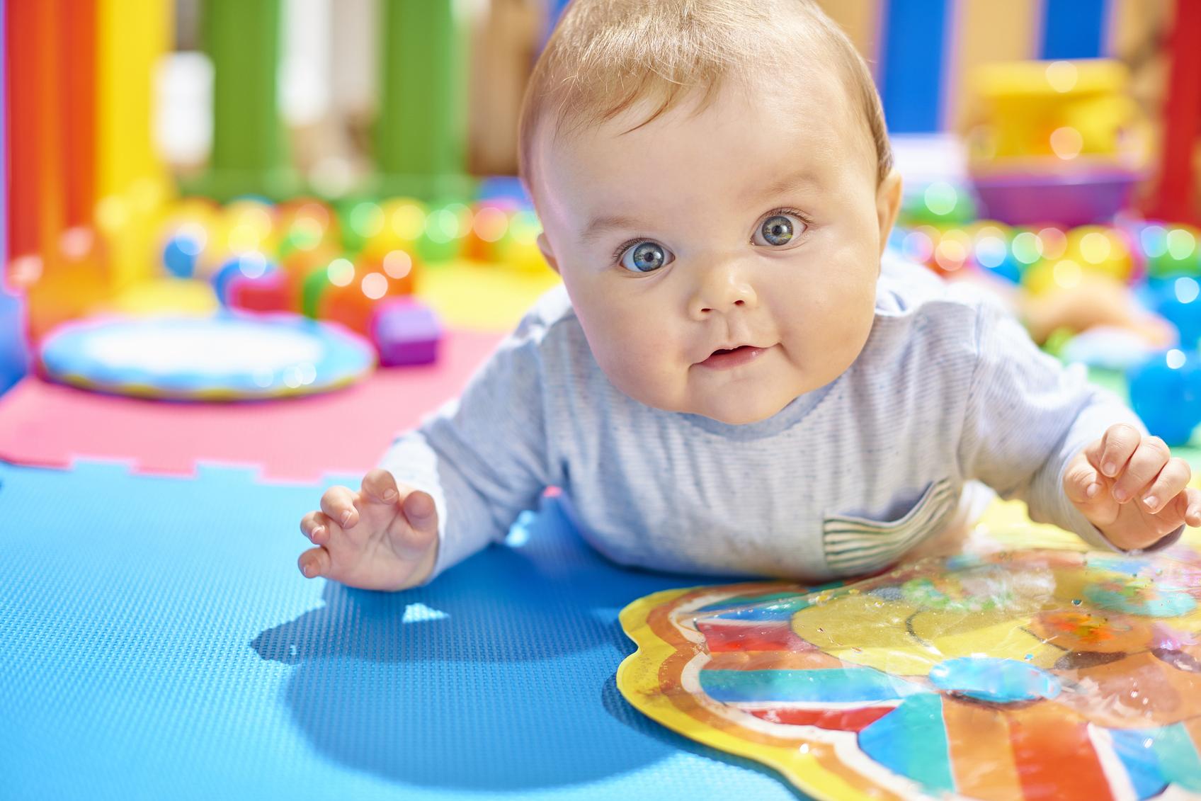 pour que bébé joue en toute sécurité